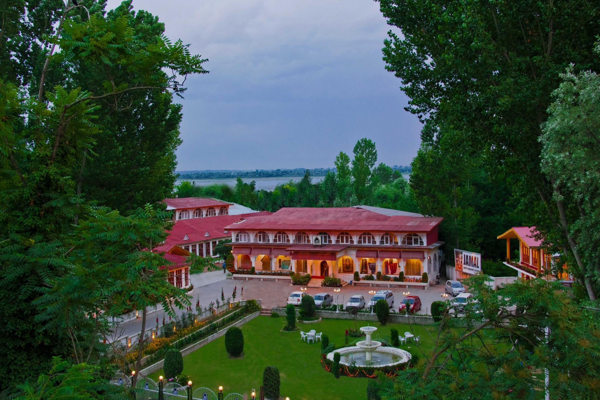 Top Hotels In Kashmir Rouydadnews Info